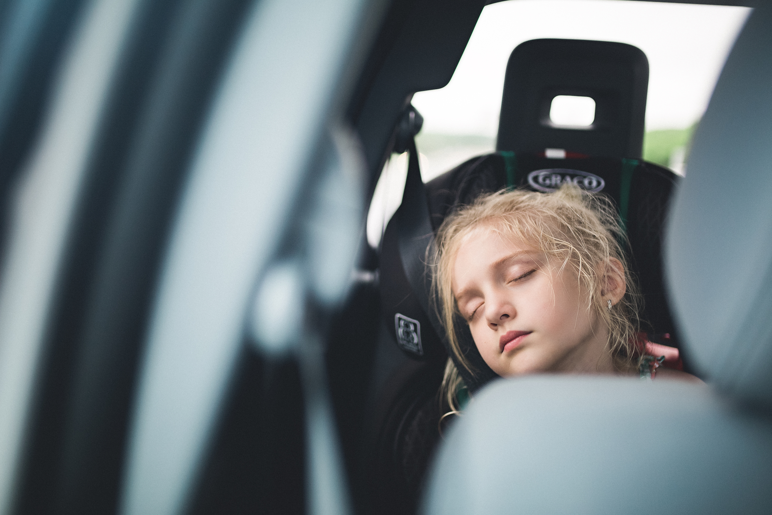 hello-olivia-photography-long-island-family-photographer-car-ride-sleep.jpg.jpg