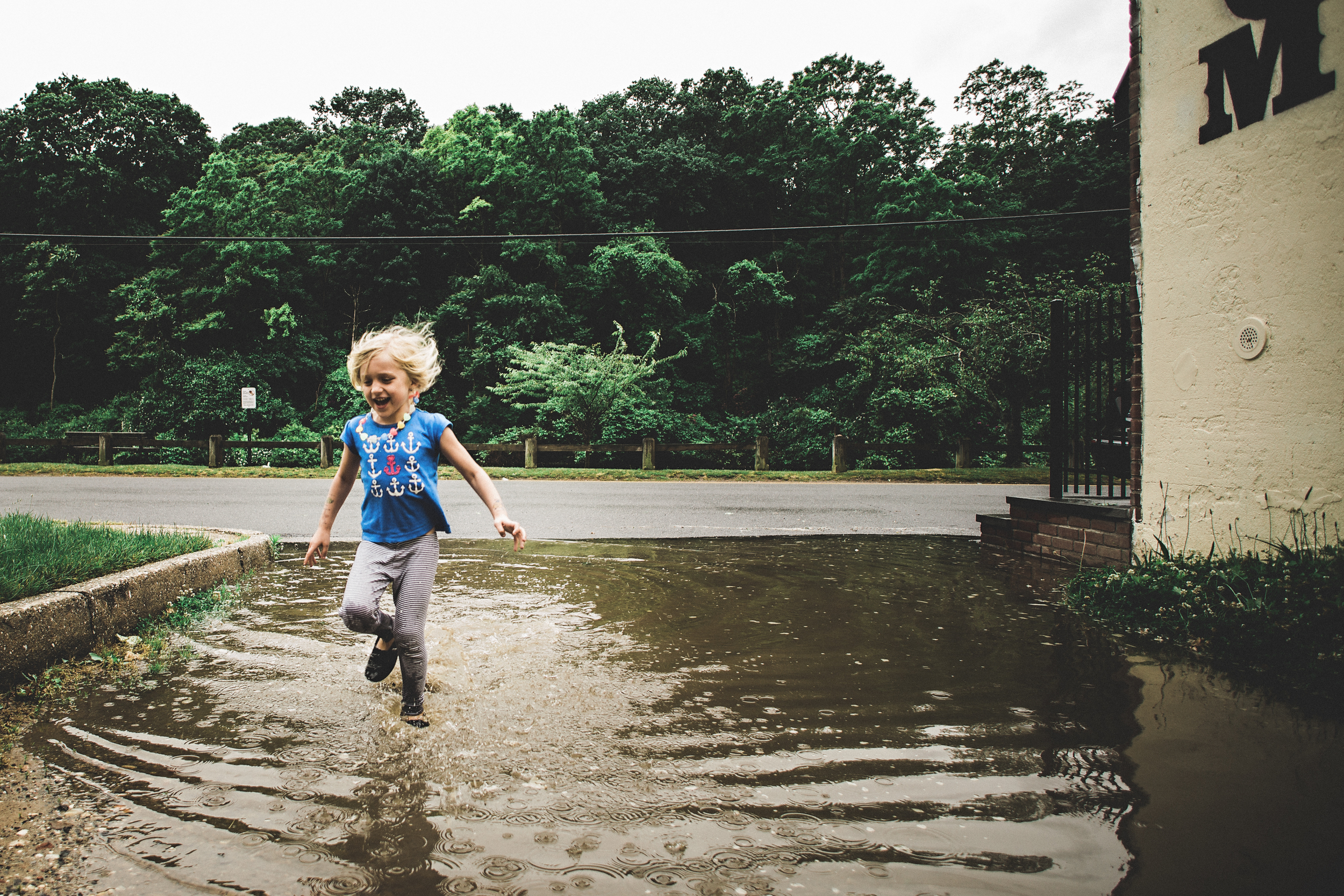 Hello-olivia-photography-long-island-family-photographer-children-lifestyle-muddy-puddle-wading-river.jpg