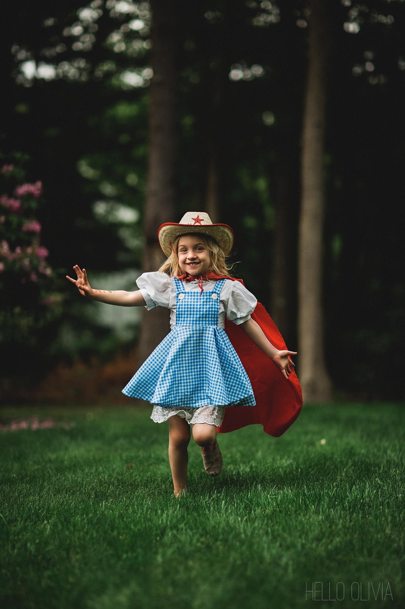 Hello-olivia-photography-long-island-family-photographer-children-lifestyle-dress-up