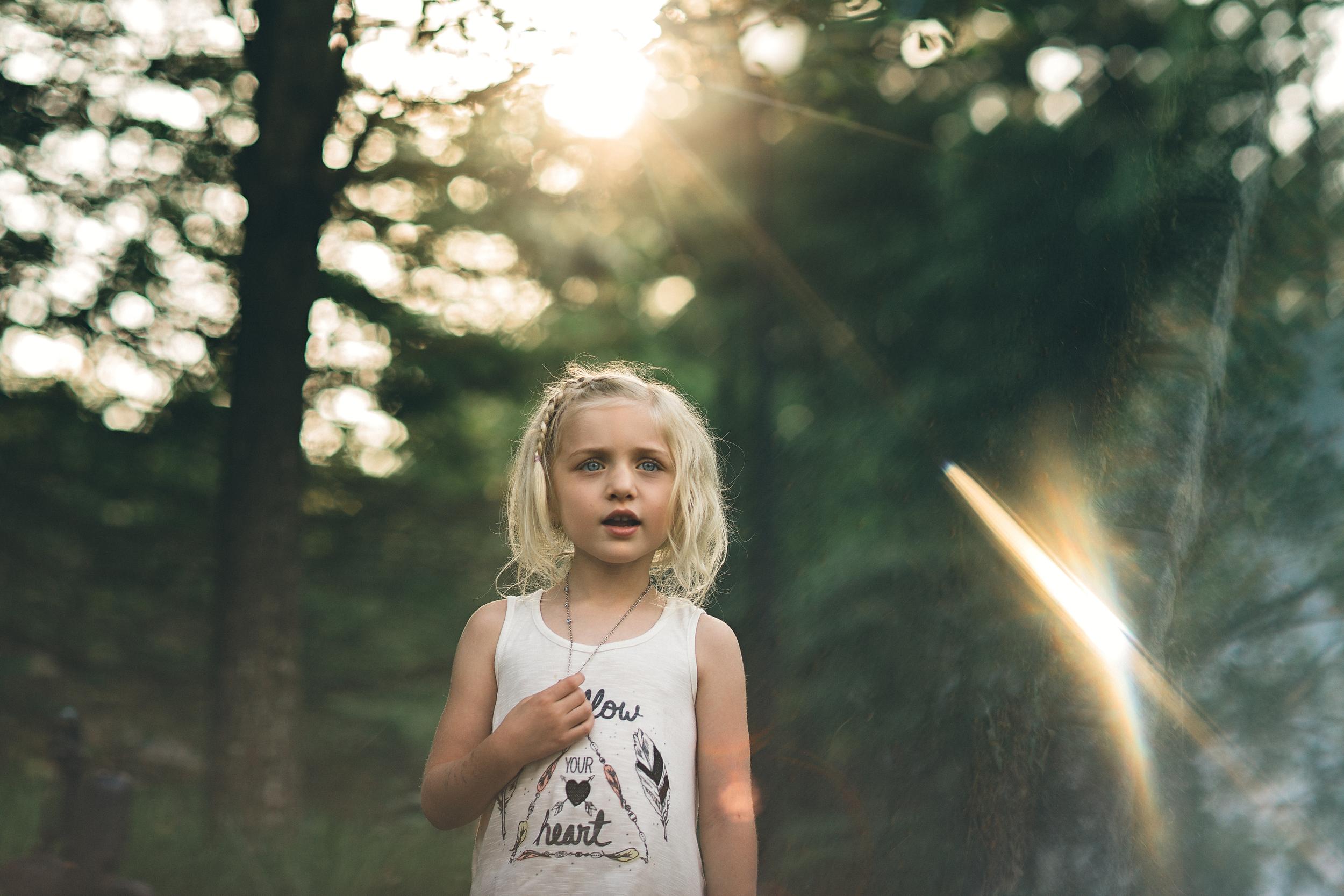 hello-olivia-photography-long-island-family-child-kids-lifestyle-portrait-photographer-prism-toddler-girl-necklace-blonde.jpg
