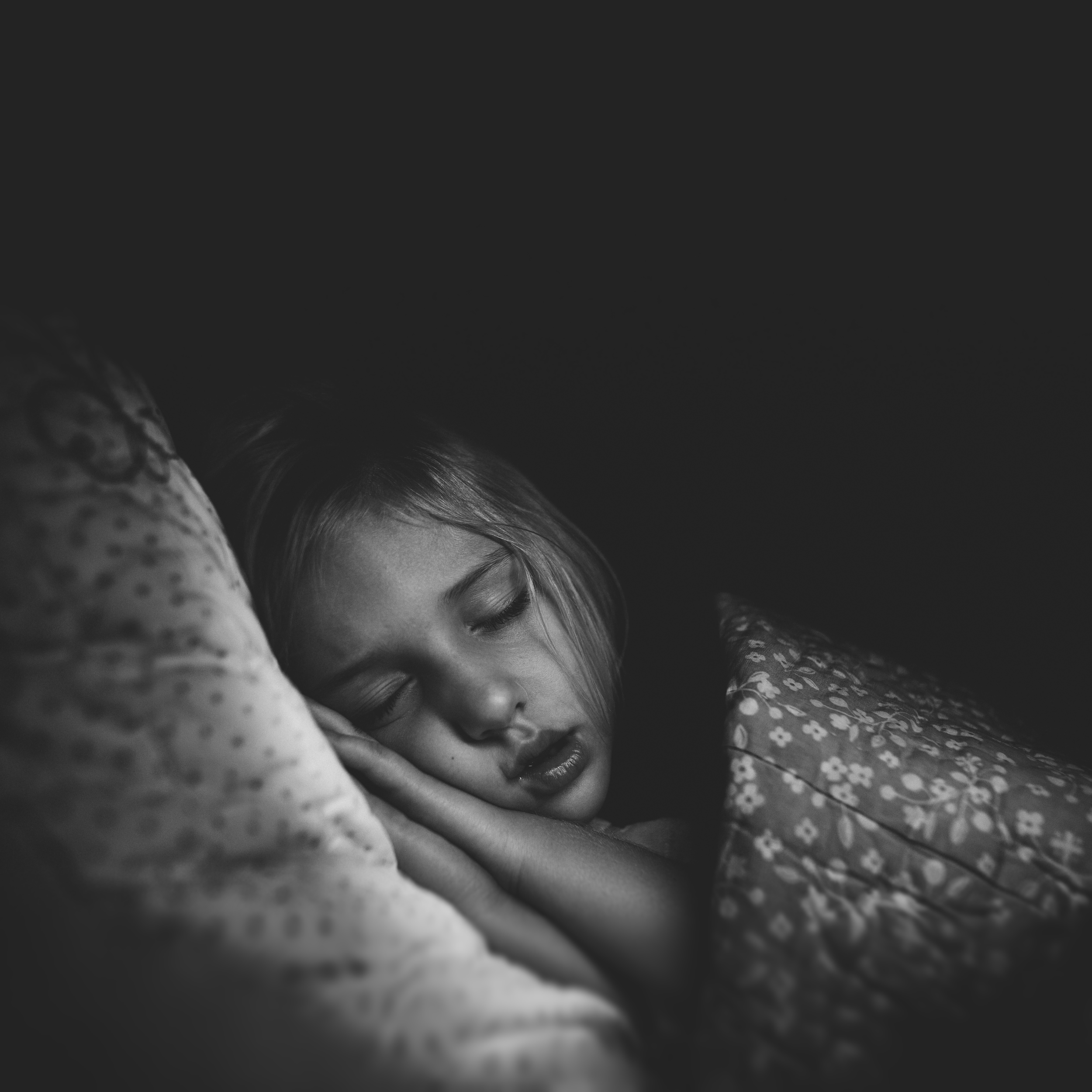 Long-Island-Family-Photographer-Children-Suffolk County - Hello-olivia-photography-sleeping