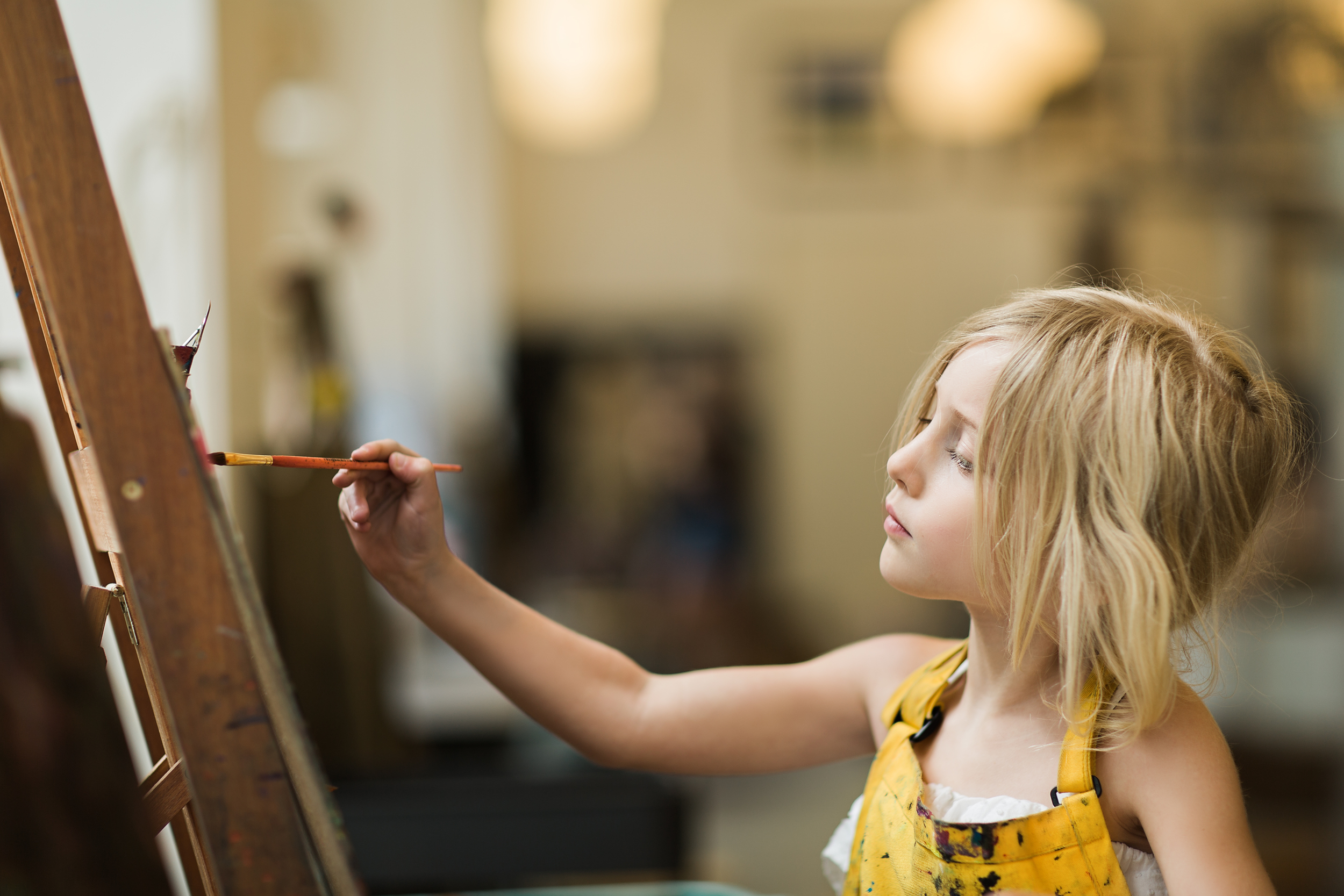 Hello-olivia-photography-long-lsland-family-children-documentary-photographer-childrens-museum-of-art-painting-portrait
