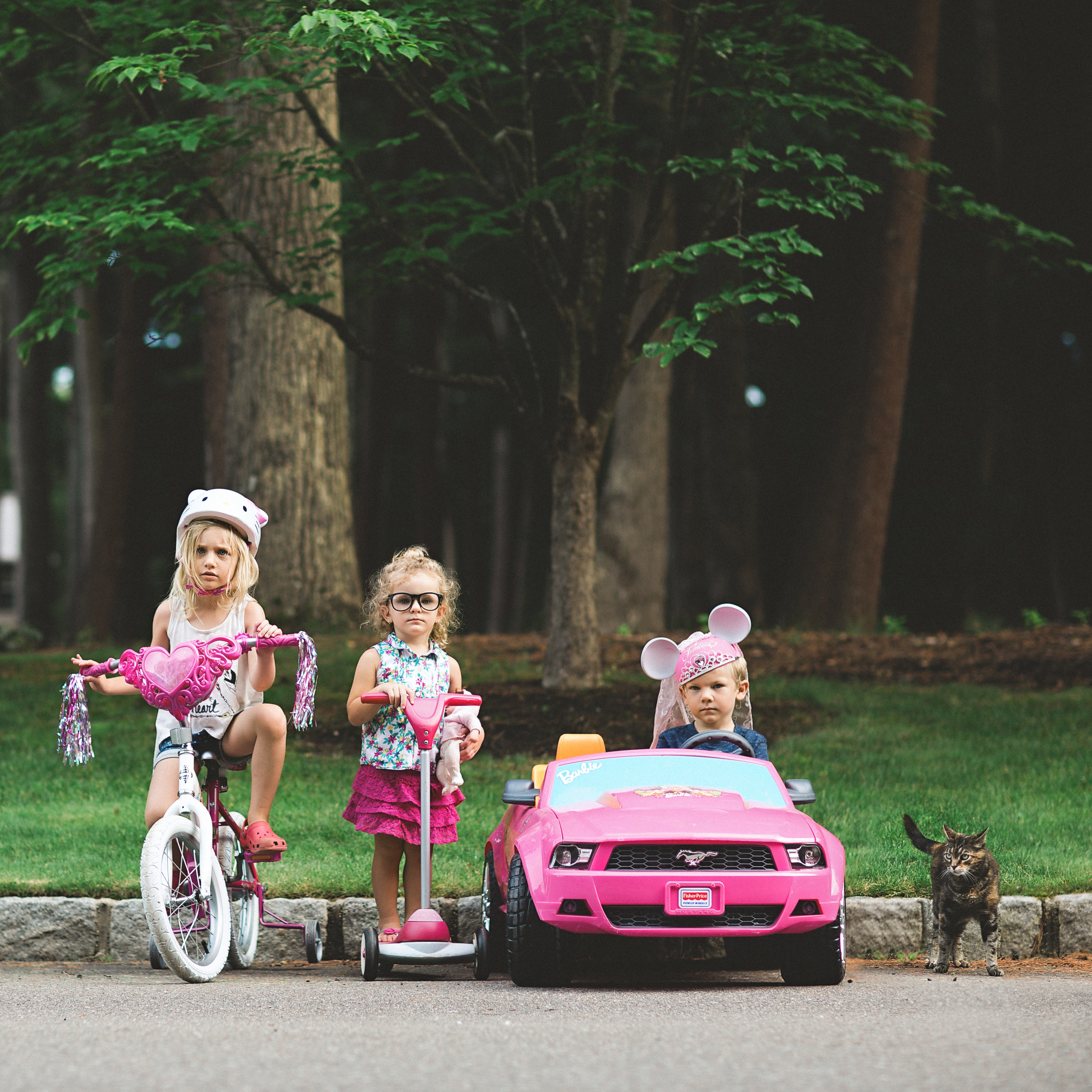 Long-island-photographer-hello-olivia-photography-family-child-dress-suffolk-the-usual-suspects.jpg