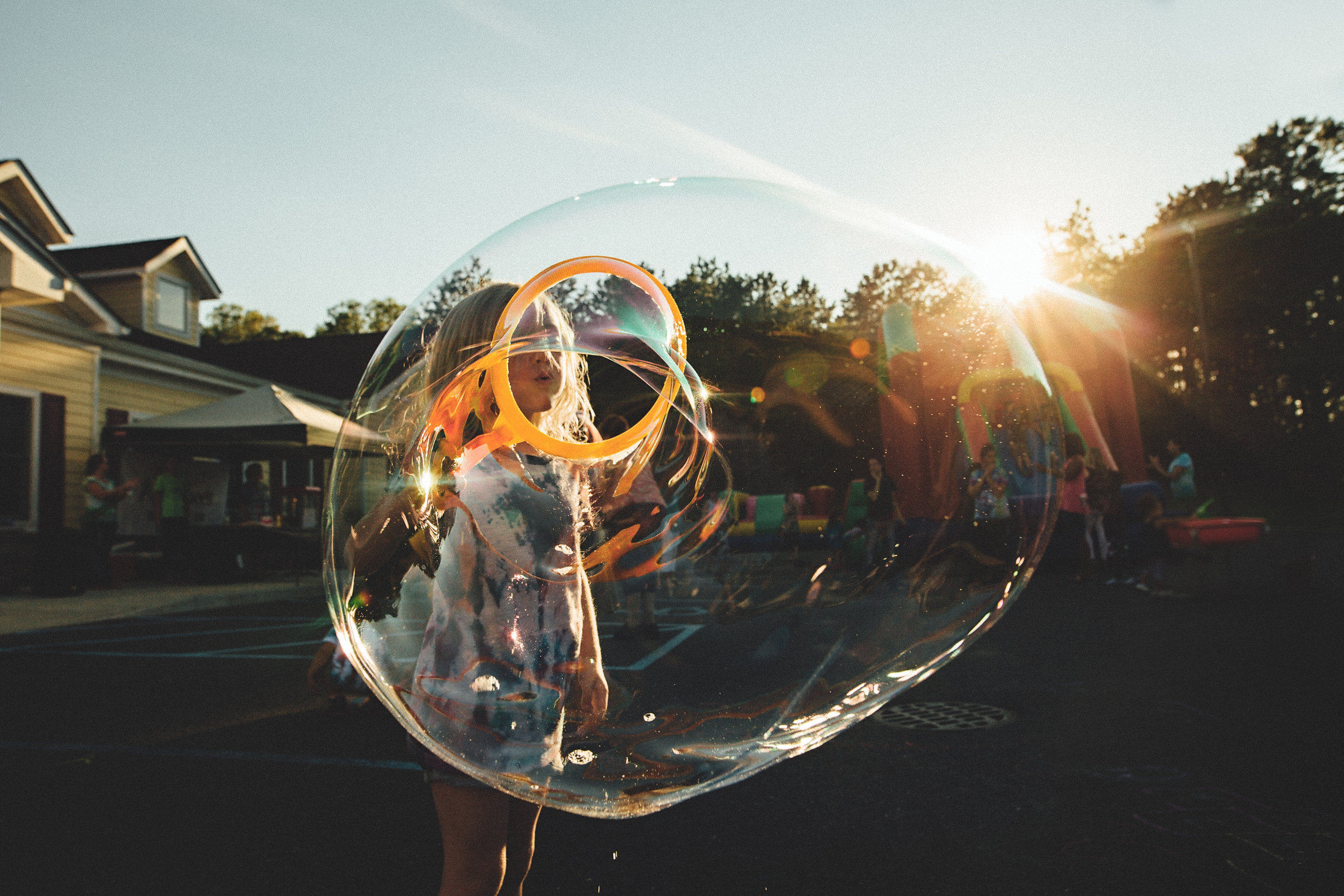 Hello-olivia-photography-long-island-children-habitots-carnival-middle-island-bubble.jpg