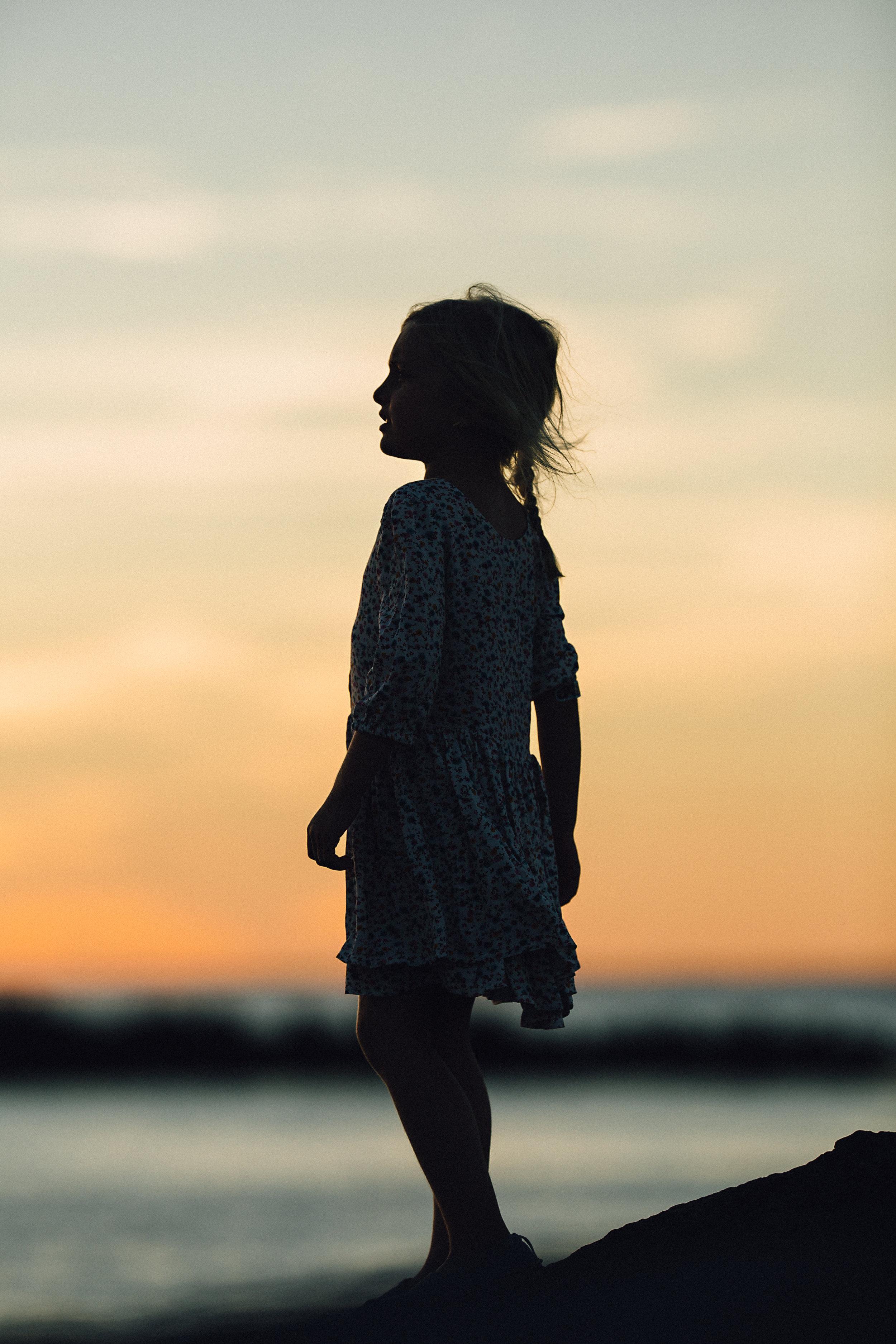 Hello-olivia-photography-Long-island-photography-children-session-family-lifestyle-silhouette-sinai-cedar-beach.jpg