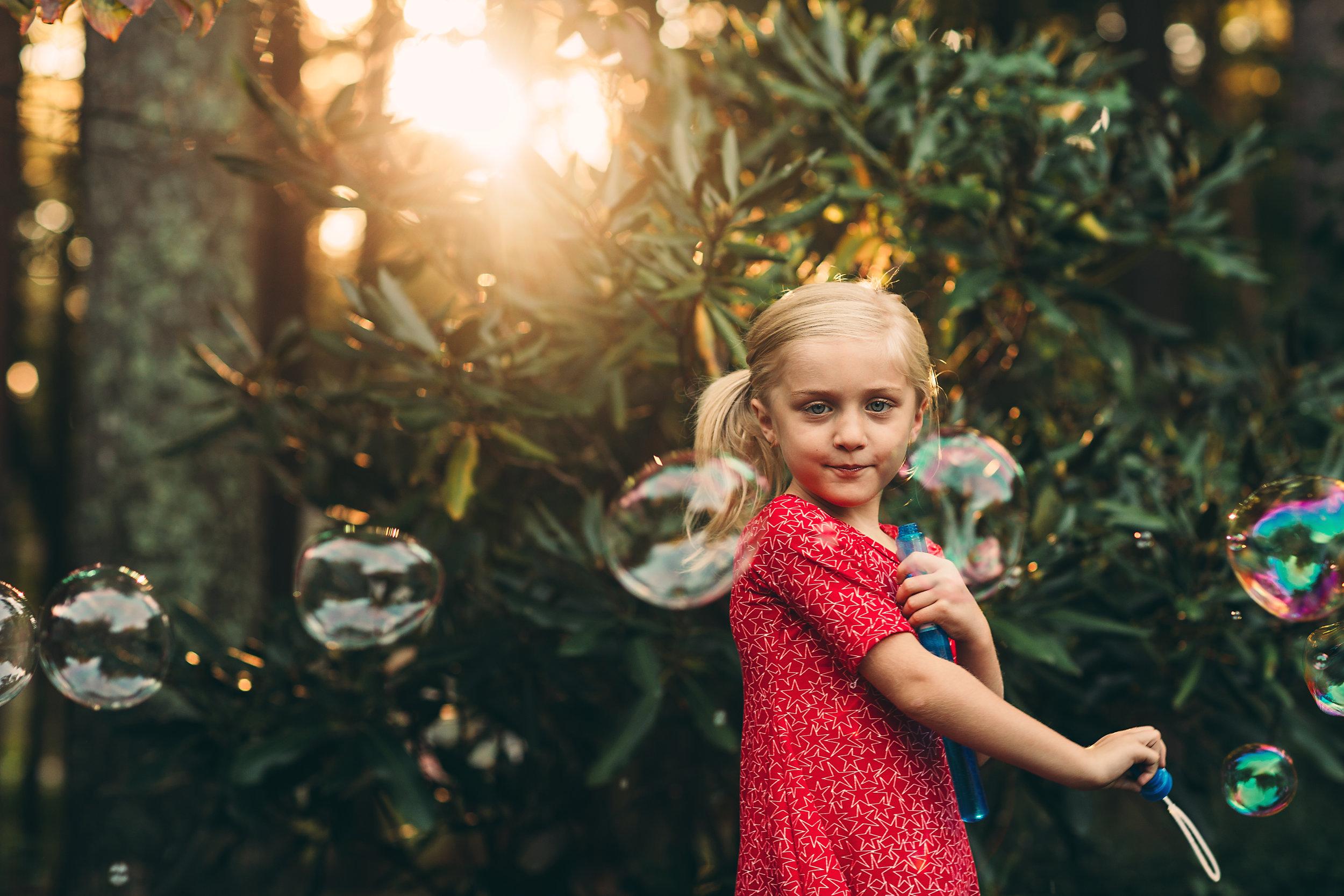 hello-olivia-photography-long-island-photographer-offset-artist-expert-bubbler.jpg