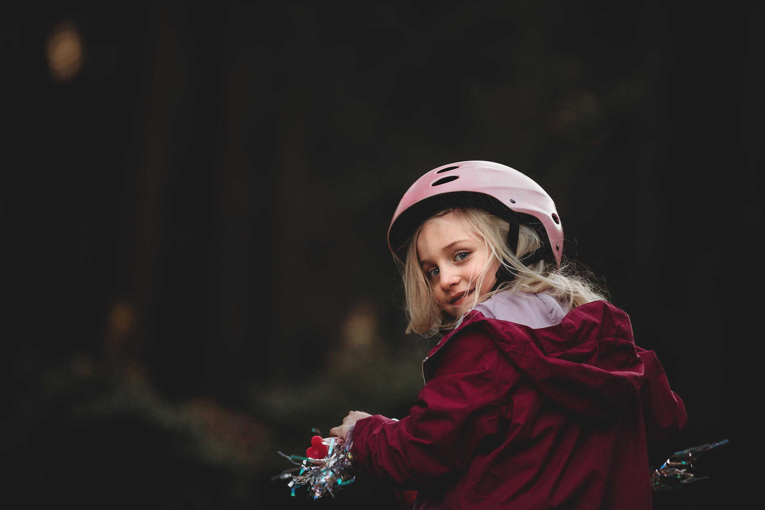 hello-olivia-photograph-long-island-photographer-family-little-girl-bicycle-helmet