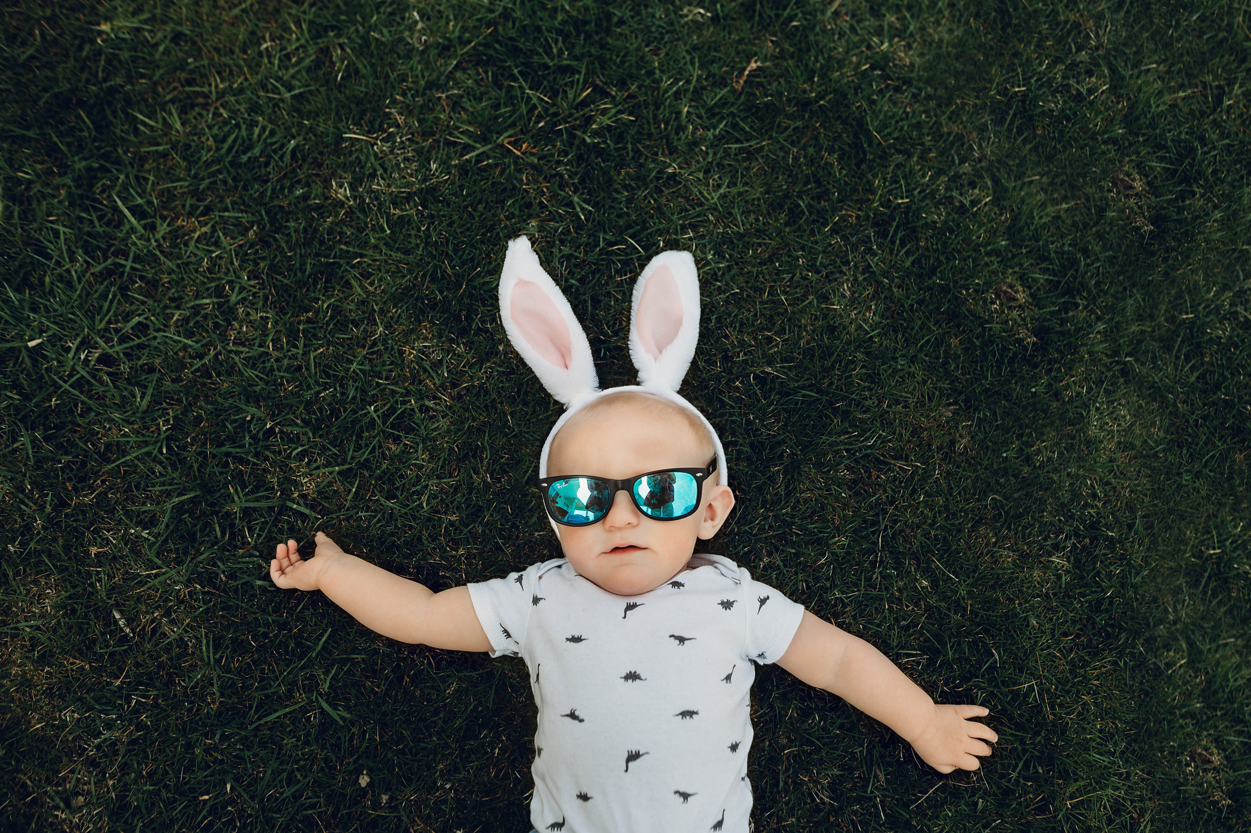 Hello-olivia-photography-long-island-photographer-children-lifestyle-easter-baby.jpg