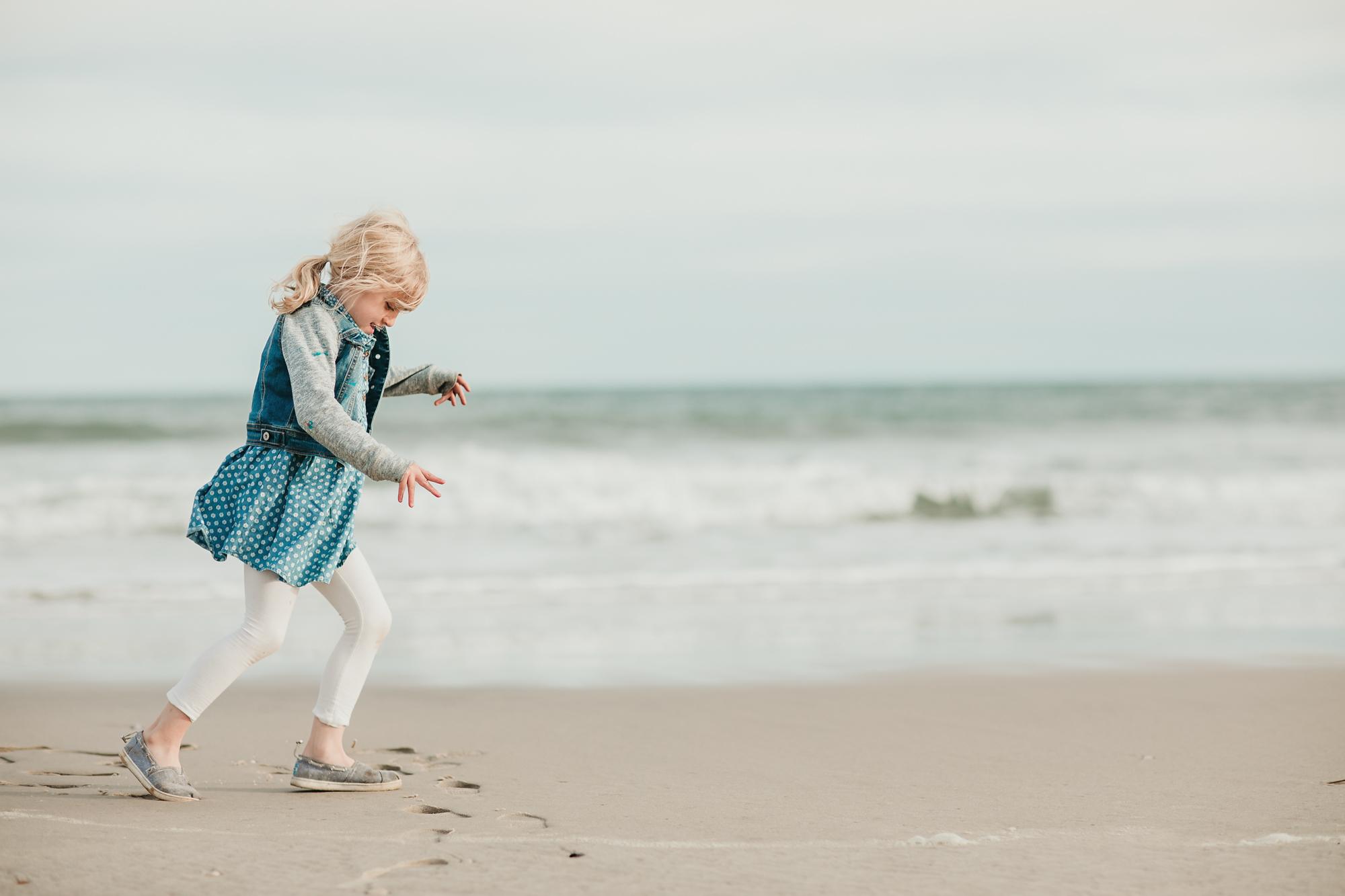 Hello-olivia-photography-Long-island-beach-session-photographer-port-jeff-montauk-fire-island-family-kids-children-7376