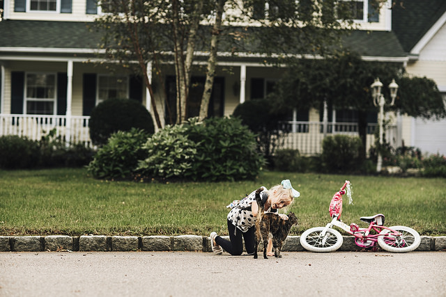 hello-olivia-photography-family-photojournalism-documentary-and lifestyle-photographer-long-island-new-york-child-cat-bicycle.jpg