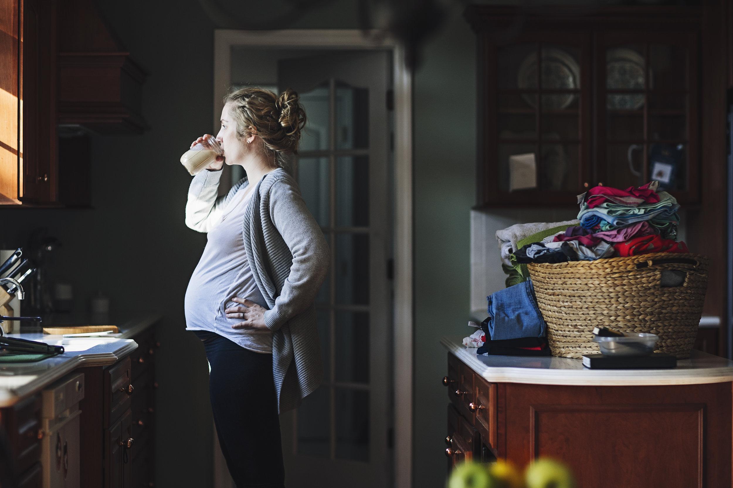hello-olivia-photography-new-york-photographer-mentor-long-island-ny-laundry-dirty-dishes-tired-mom-drinking-coffee.jpg