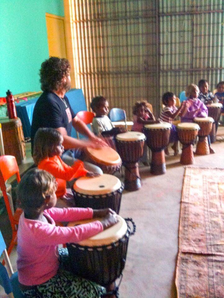 Drumming Wkshp - APY Lands (7).jpg