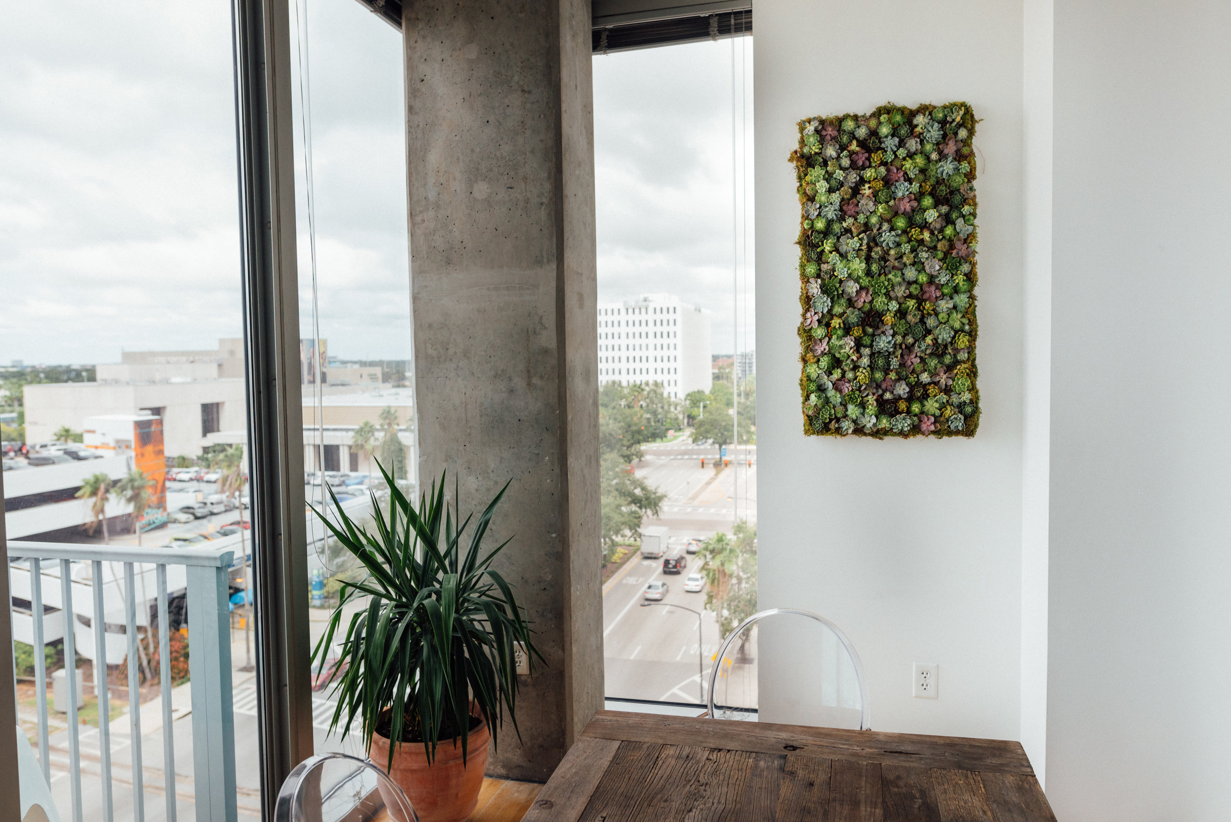 Ann Cox Design_Interior Design_Downtown Tampa Modern Dining Room-8