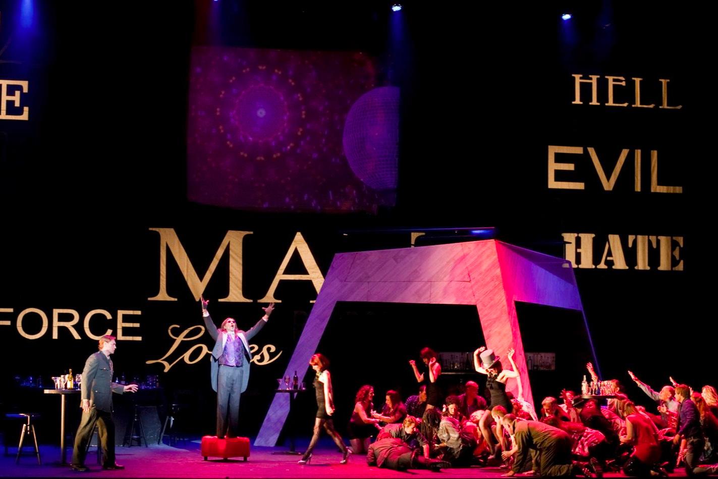 Faust  / Arizona Opera Photo: Tim Fuller