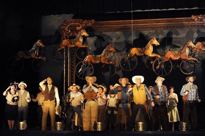 Arizona Lady  / Arizona Opera Photo: Tim Trumble