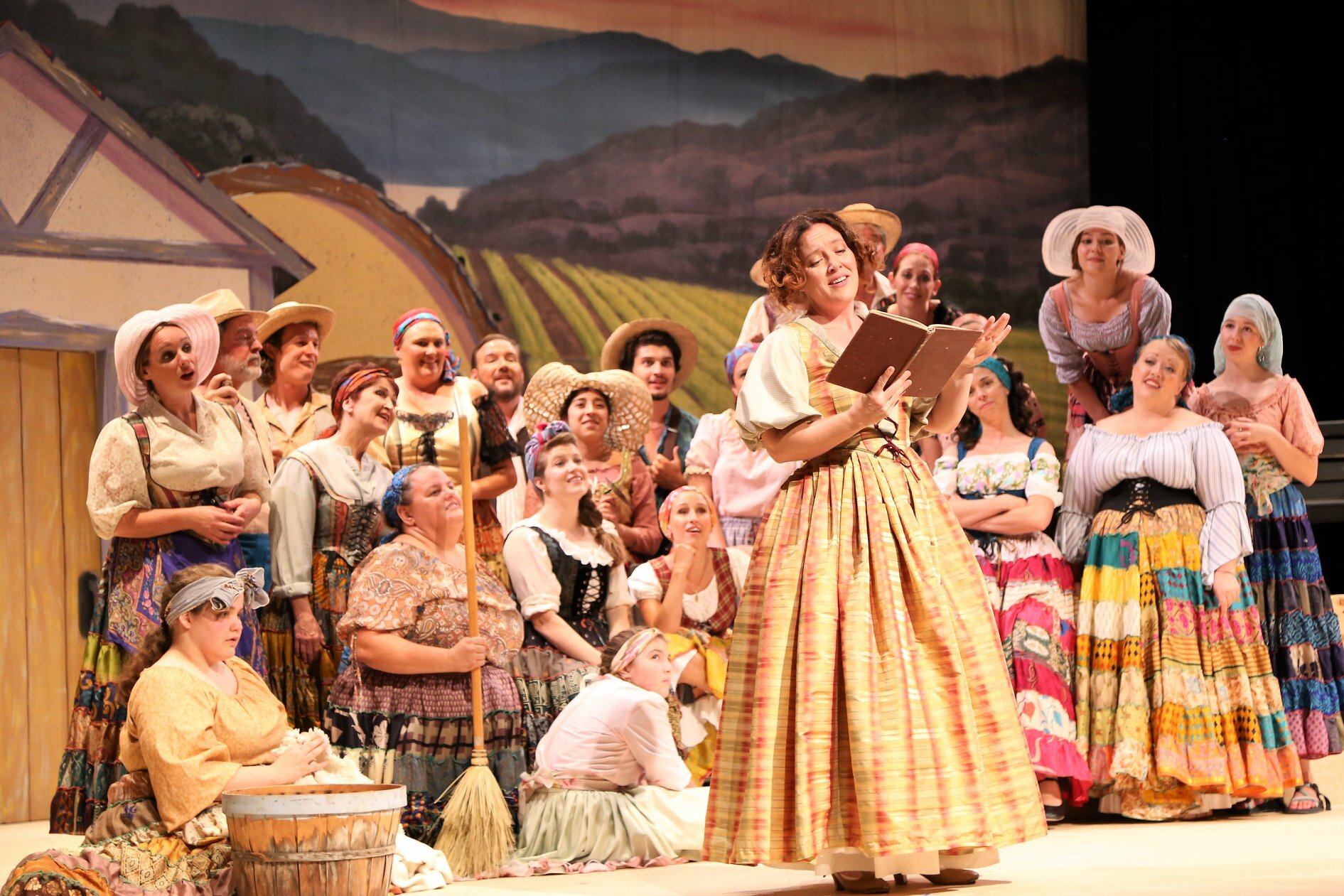 L'elisir d'amore  / Grand Junction Symphony Orchestra Photo: Kelly Anderson