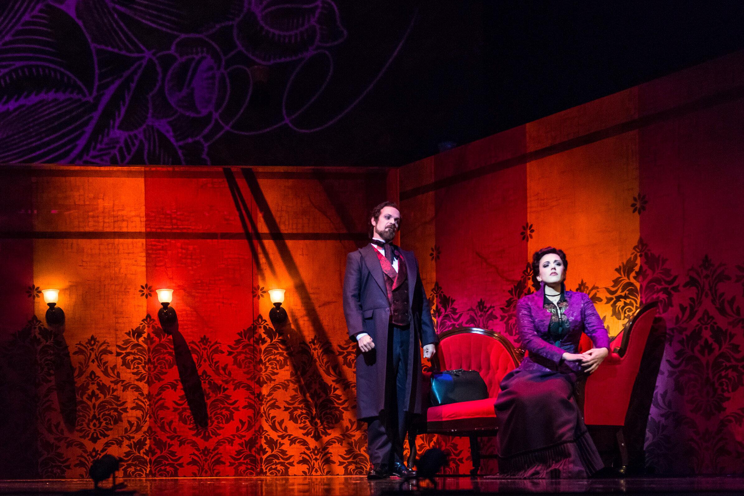 Elizabeth Cree  / Opera Philadelphia Photo: Steven Pisano
