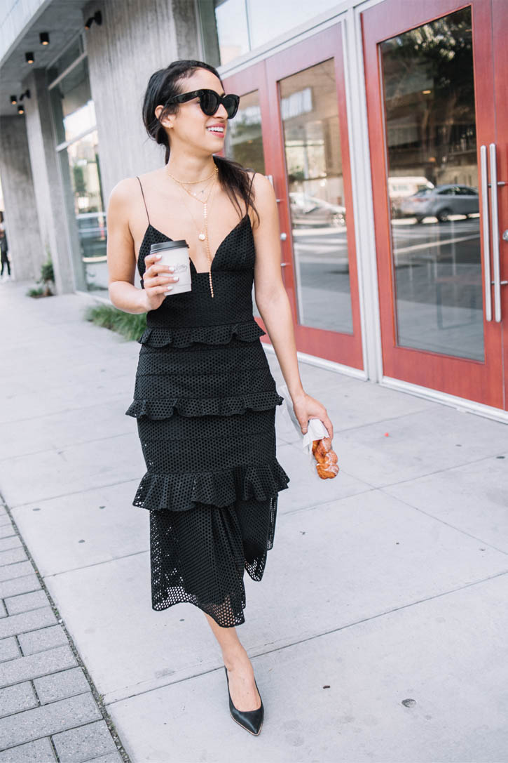 Cushnie-Et-Ochs-Black-dress.jpg