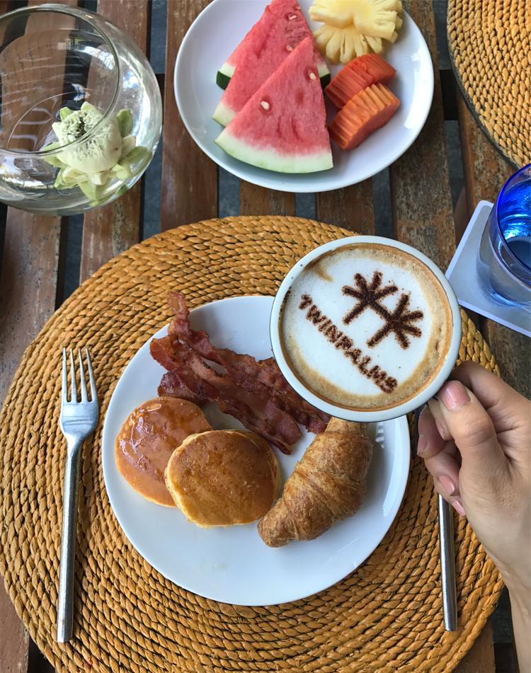 Twin-Palms-Resort-Breakfast.jpg