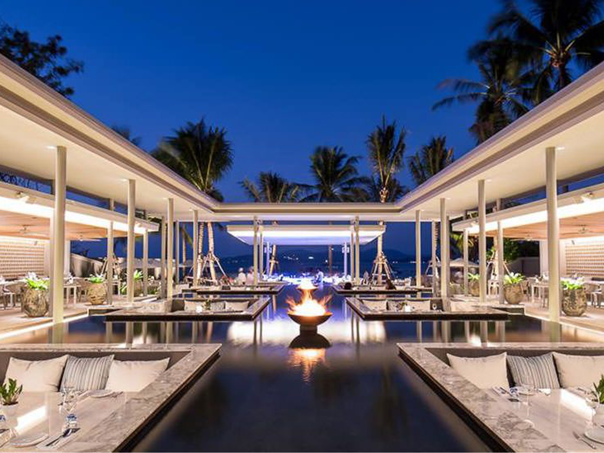 Best-Resturant-Palm-Seaside-Phuket.jpg