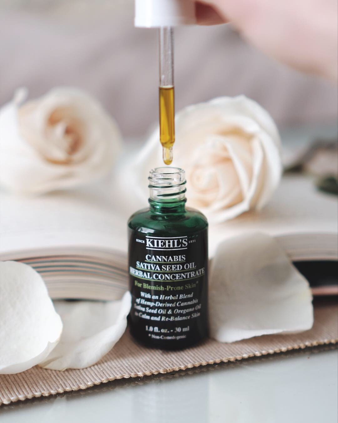 Kiehls-cannabis+sativa-seed-oil+herbal-concentrate-+skincare-review.jpg