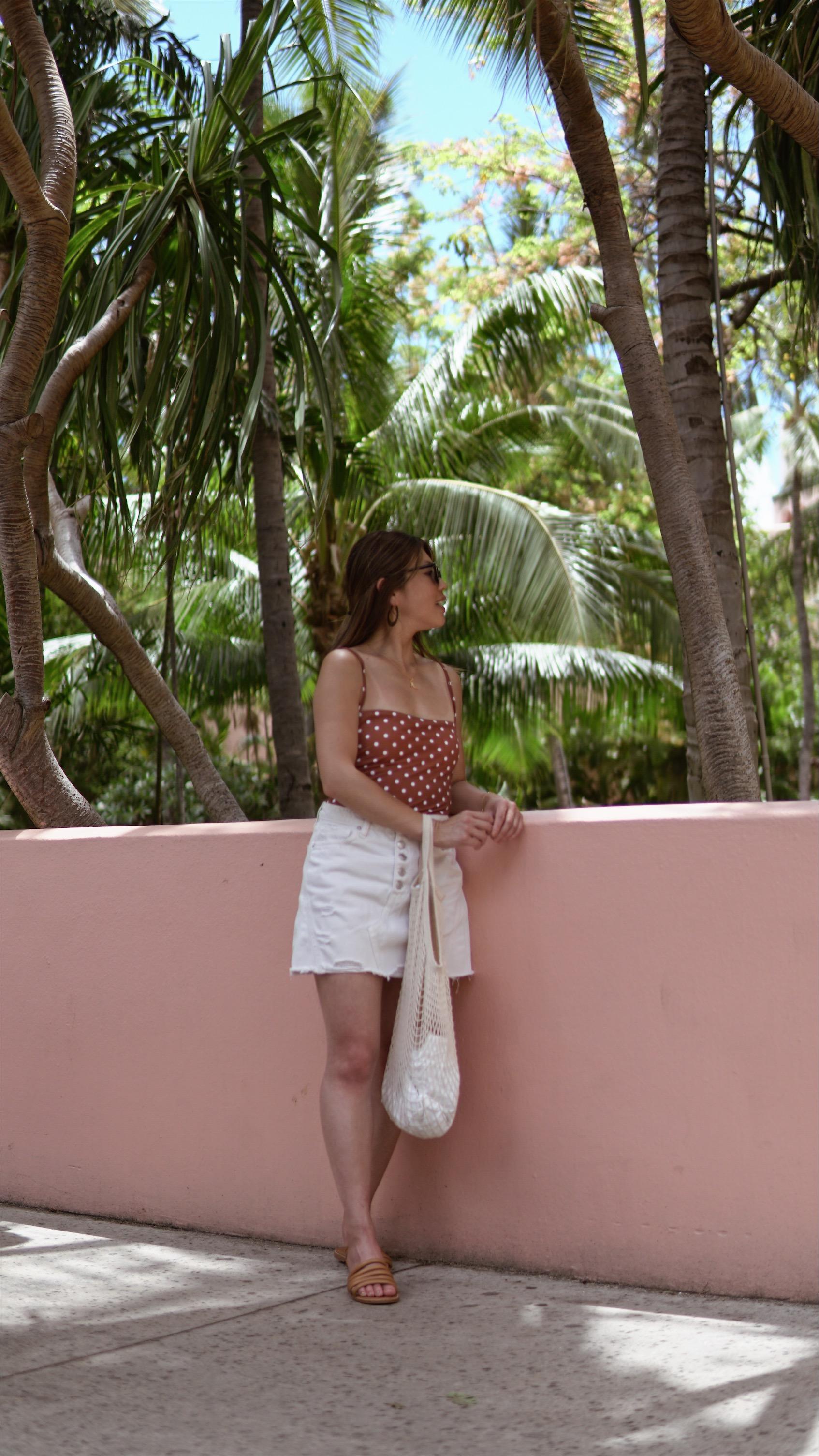 what-to-wear-tropical-getaway.JPG