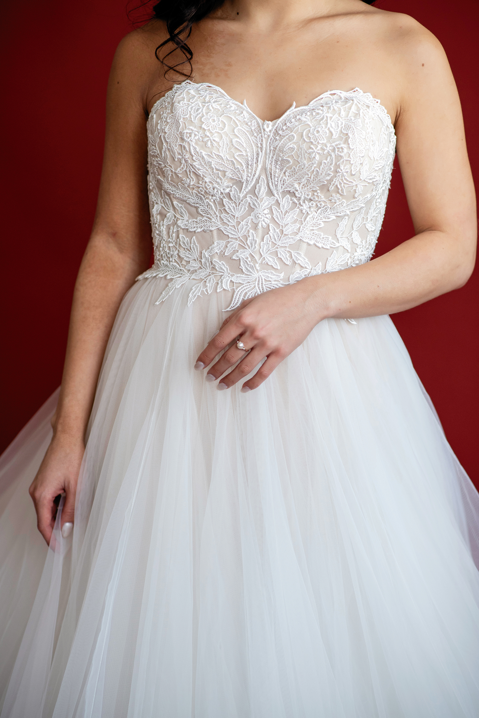 Stephanie-Fourth Dress Details-1.jpg