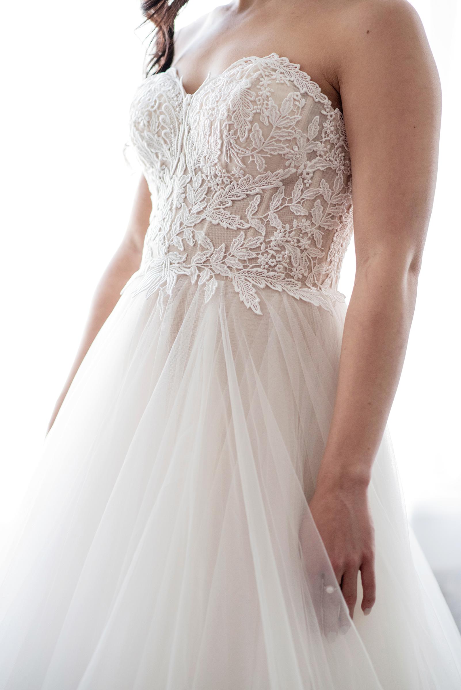 Stephanie-Fourth Dress Details-6.jpg
