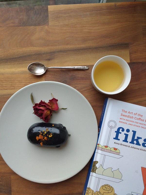 Fika break at home with Teajunkie cake, yummm.