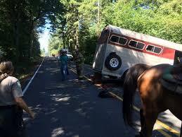 horse trailer.jpg