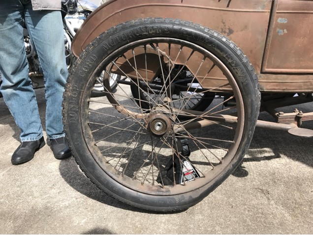 Sidecar Tire