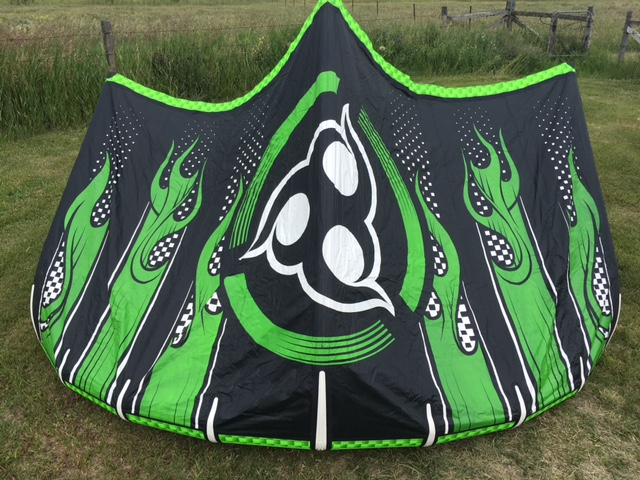 - 7.5 m Wainman Mr. Green v3Used only 10 times ... sooo crispy!Only $600 contact Bob at Keho!