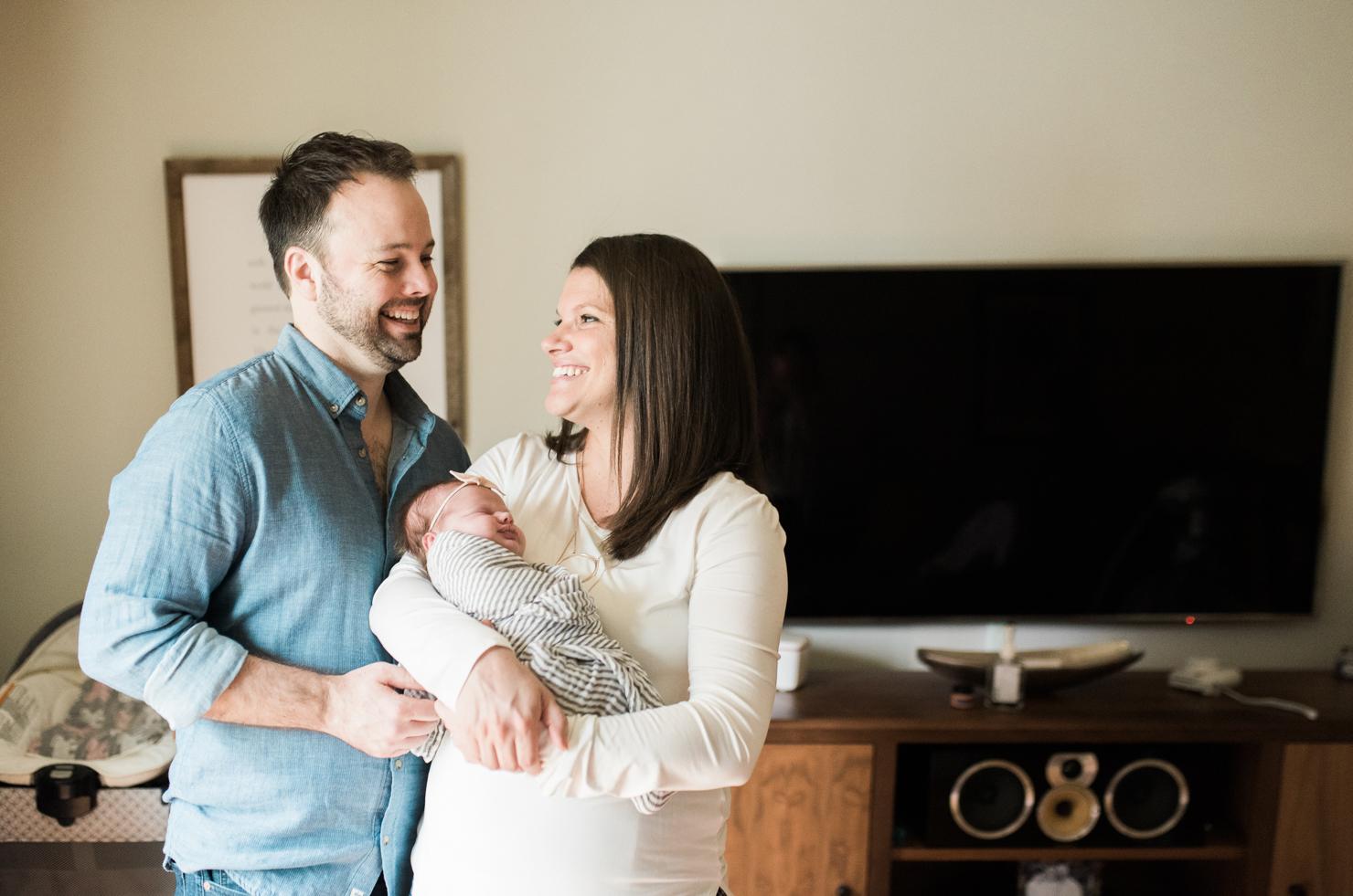 Newborn-photographer-BKLP-Baltimore-Maryland-Brooklyn-New York-lifestyle-photography-Breanna Kuhlmann-15.jpg