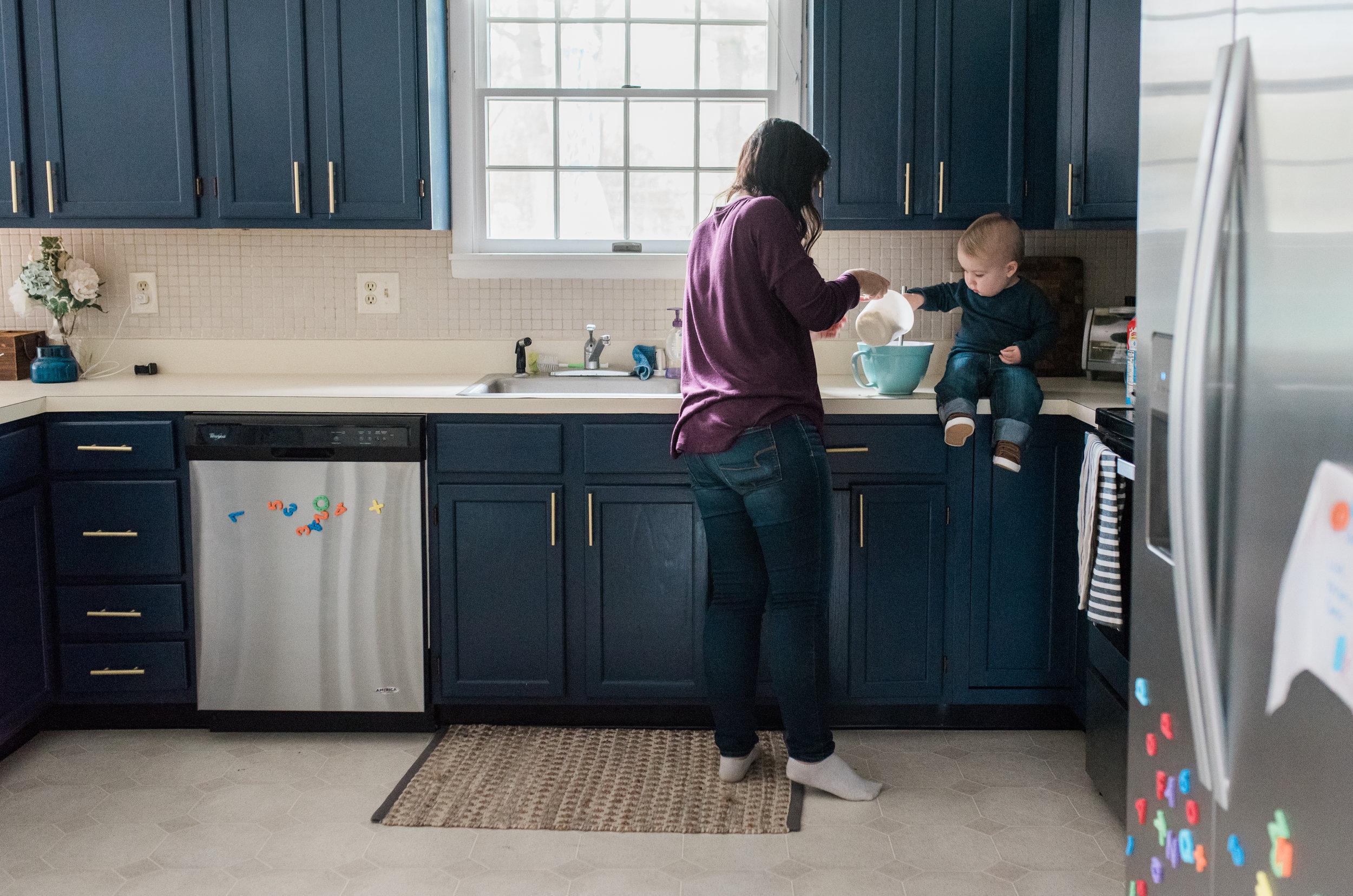 Maryland-lifestyle-photographer-in home-family-breanna-kuhlmann.jpg