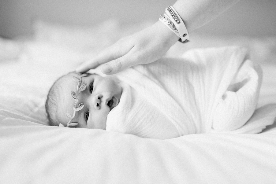 Baltimore-Forest Hill-Bel Air-MarylanNewborn-Photographer-Lifestyle-in home-authentic-photographer-Breanna-Kuhlmann-BKLP-17.jpg