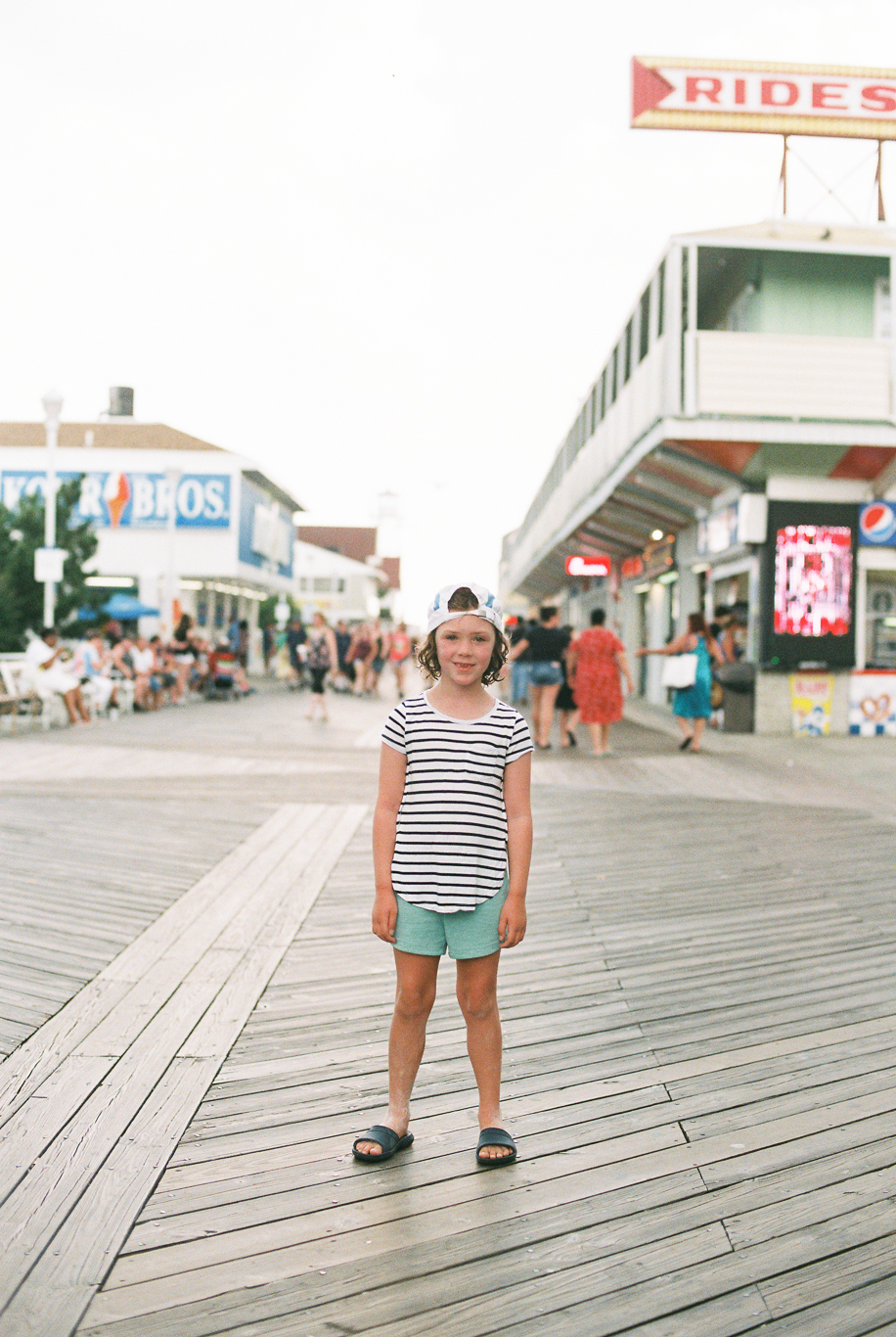Maryland-delaware-ocean city-beach-photographer-BKLP-lifestyle-breanna kuhlmann-8.jpg