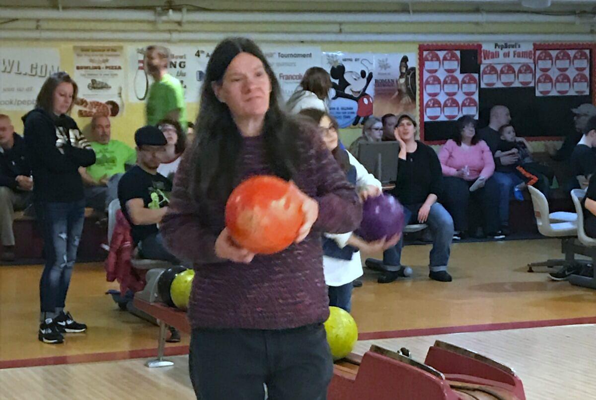 bowling17_1143.JPG