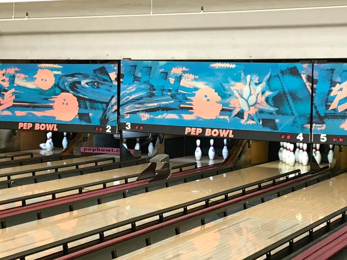 bowling17_1141.JPG