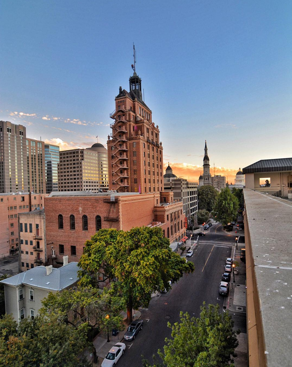 I love rooftops! There are few parking garages in downtown that you can check out to get beautiful views from the top.