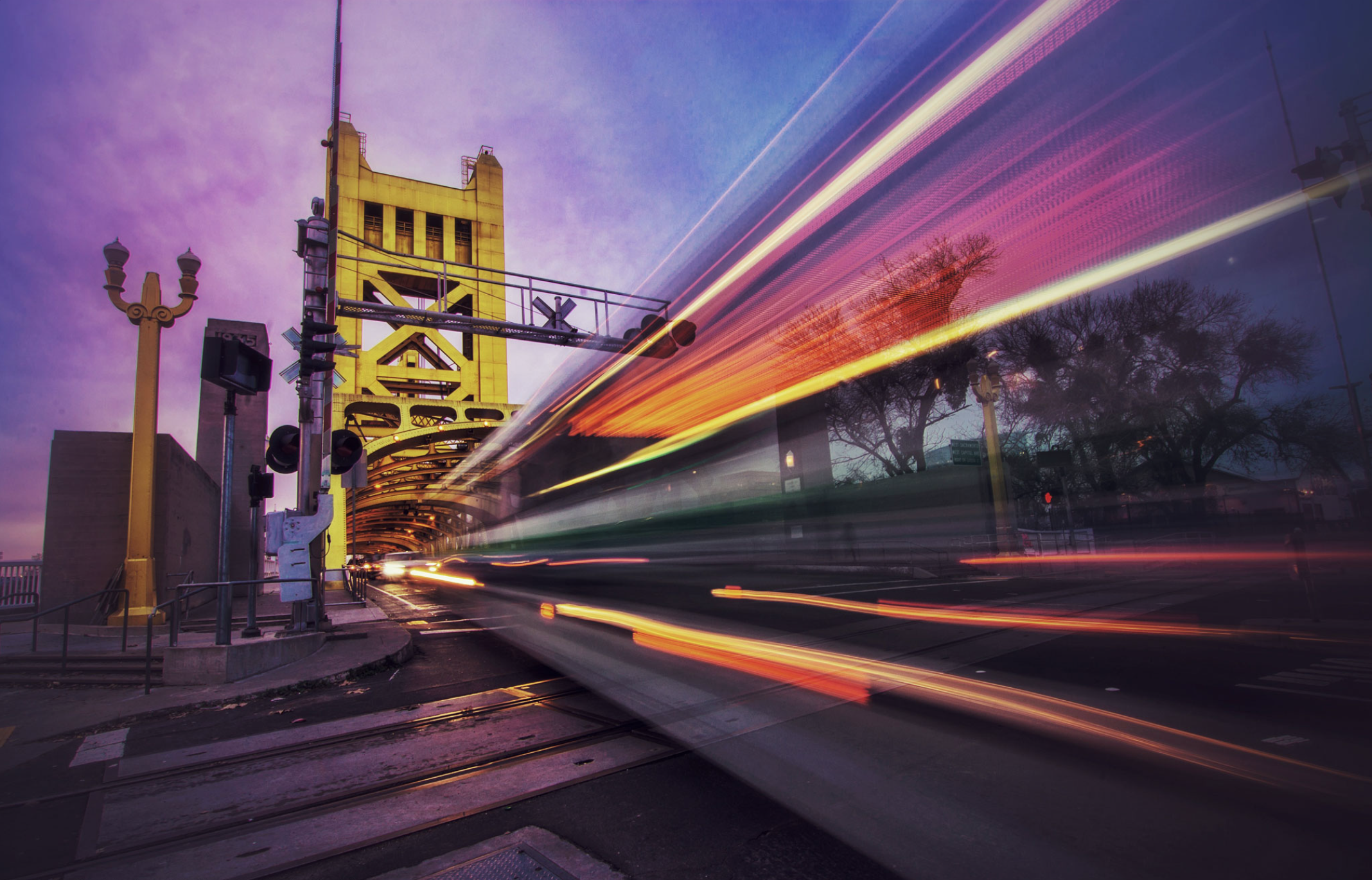 And that's a wrap! I'll leave you with one of my favorite long exposure shot of a bus passing through our lovely tower bridge.  Hope everyone had an awesome weekend and thank you all for following along. Big thanks to  @visitsacramento  for letting me host this weekend!