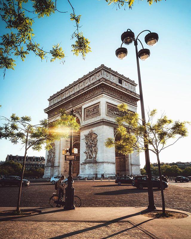 Reminiscing 🇫🇷 . . . . . #paris #parisfrance #france #france🇫🇷 #visitparis #europe #europetravel #europe_pics #beautifuldestinations #longexpolite #travelphotography #artofvisuals #sonyalpha #sonya7riii #agameoftones #moodygrams #girlscreating #shotzdelight #bealpha #roamtheworld #electic_shotz #traveltheworld #digitalnomad #girlboss #parisianstyle #arcdetriomphe #topeuropephoto #topparisphoto #skyroaming