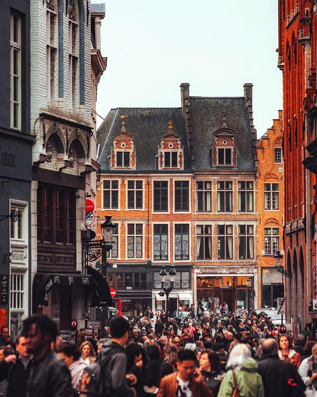 Belgian beer is my favorite! 🍺🇧🇪 . . . . . #artofvisuals #createcommune #agameoftones #heatercentral #beautifuldestinations #theimaged #ig_color #way2ill #royalsnappingartists #creativetones #moody_captures #passionpassport #tonekillers #girlscreating #paris #busabout  #sonyalpha #bruges #brugesbelgium #visitbruges #belgium #belgiumwaffles #belgiumbeers #bruges🇧🇪 #brugescity #europe #eurotrip #europetravel #topeuropephotos
