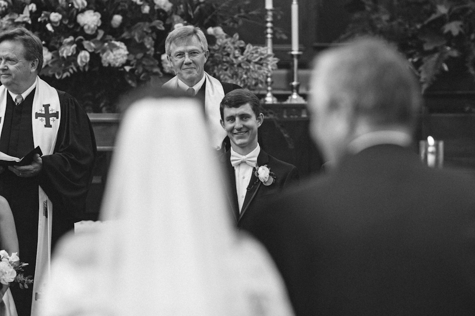 charlotteweddingphotographerivyplaceweddingwestminsterpresbyterian19.jpg