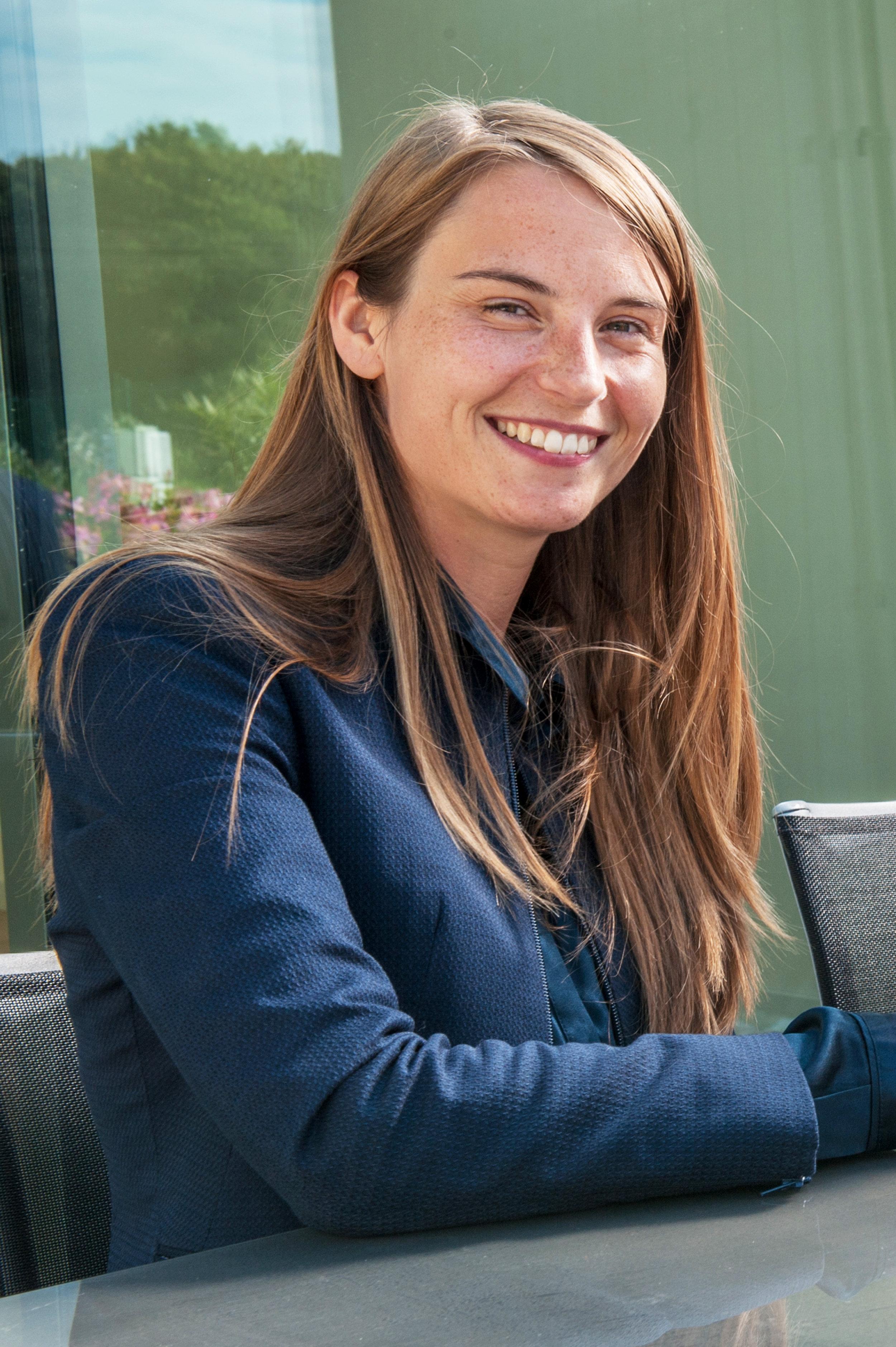 Emma Tamsin - Contact: emma@melisadvocaten.be2008, licencié en droit (Université de Gand)2009, master complémentaire en sciences maritimes (Universités de Gand et d'Anvers)2008, avocat au barreau de Bruges