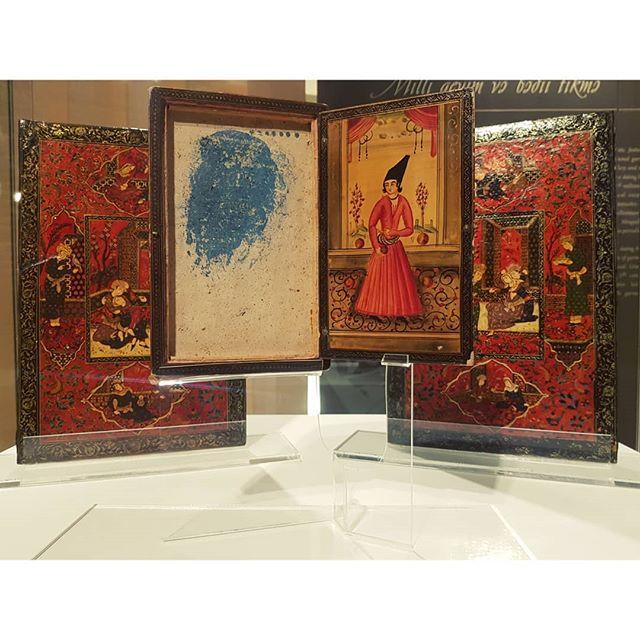 From the Qajar collections belonging to the Georgian National Museum on display at @heydaraliyevcenter 🖤 . . . . . . #qajardynasty #qajar #iran #iranianart #miniature #miniaturepainting #georgiannationalmuseum #heydaraliyevcentre #caucasus #georgia #azerbaijan #lovethisregion #azerbaijanmuseum #bakumuseum #artdestinations #painting