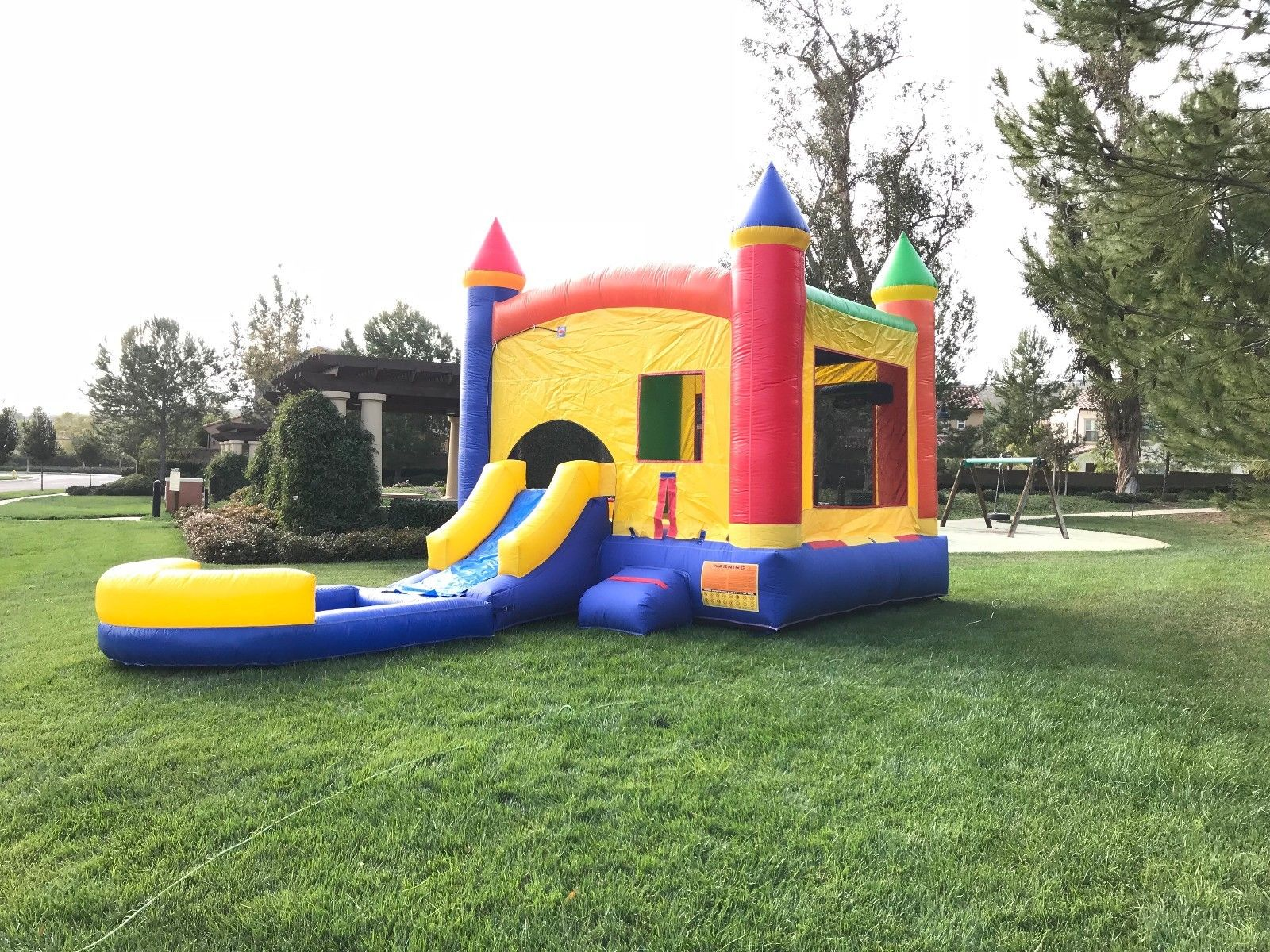 Castle Bounce House with Slide Wet.Dry Combo pic 3.jpg