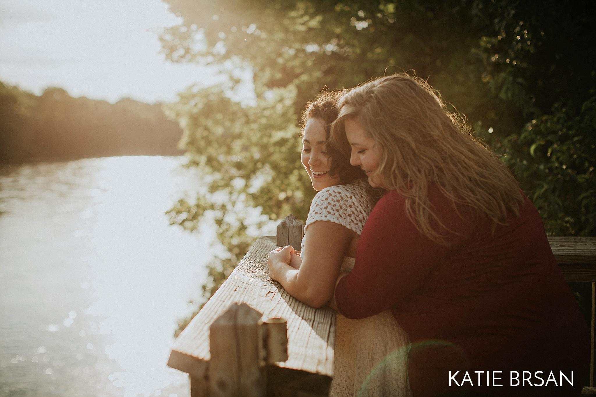 KatieBrsan-KankakeeRiverStatePark-EngagementSession_0455.jpg