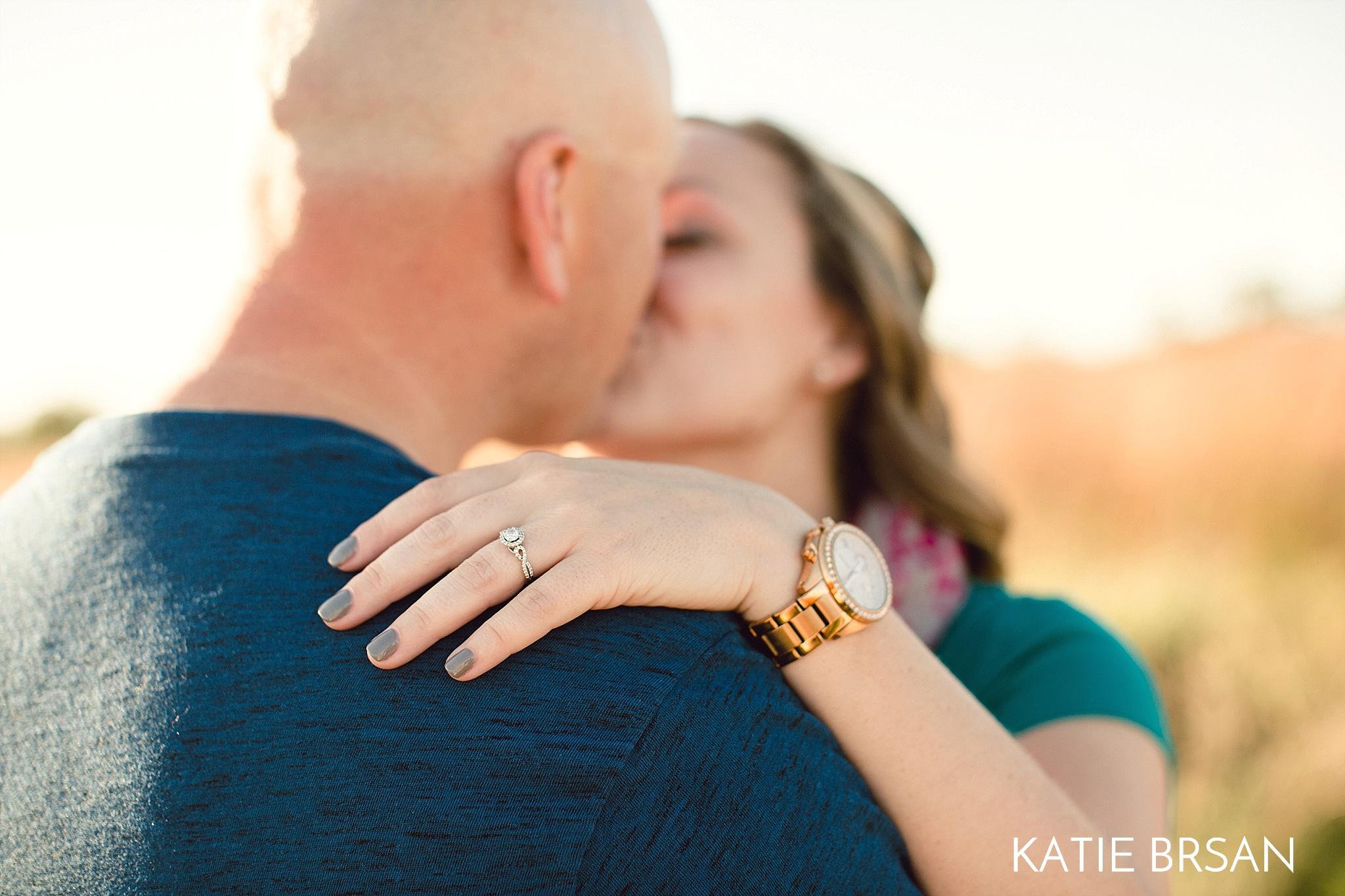 KatieBrsan-Chicago-Suburban-EngagementPictures-HadlyValley_0576.jpg