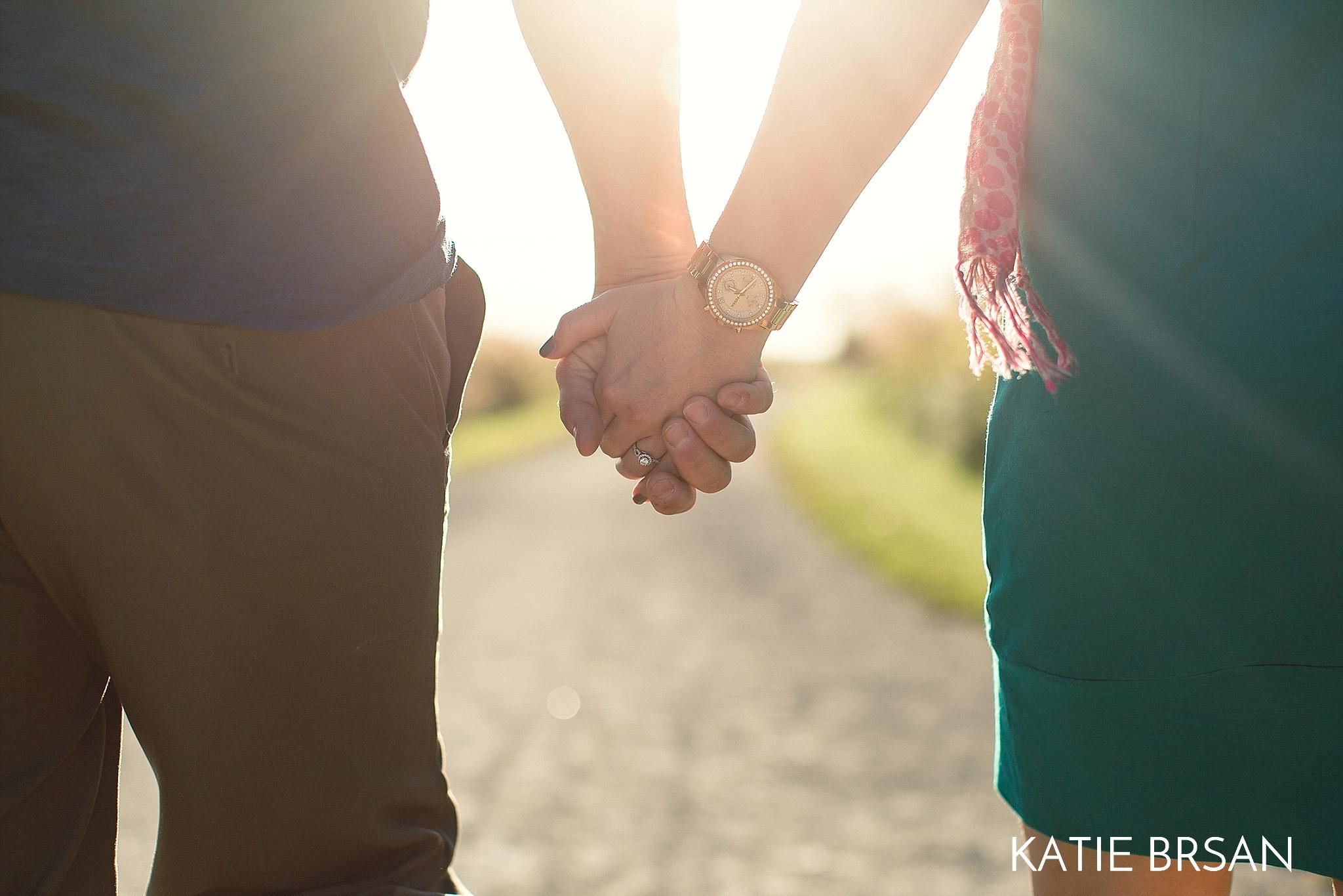 KatieBrsan-Chicago-Suburban-EngagementPictures-HadlyValley_0575.jpg