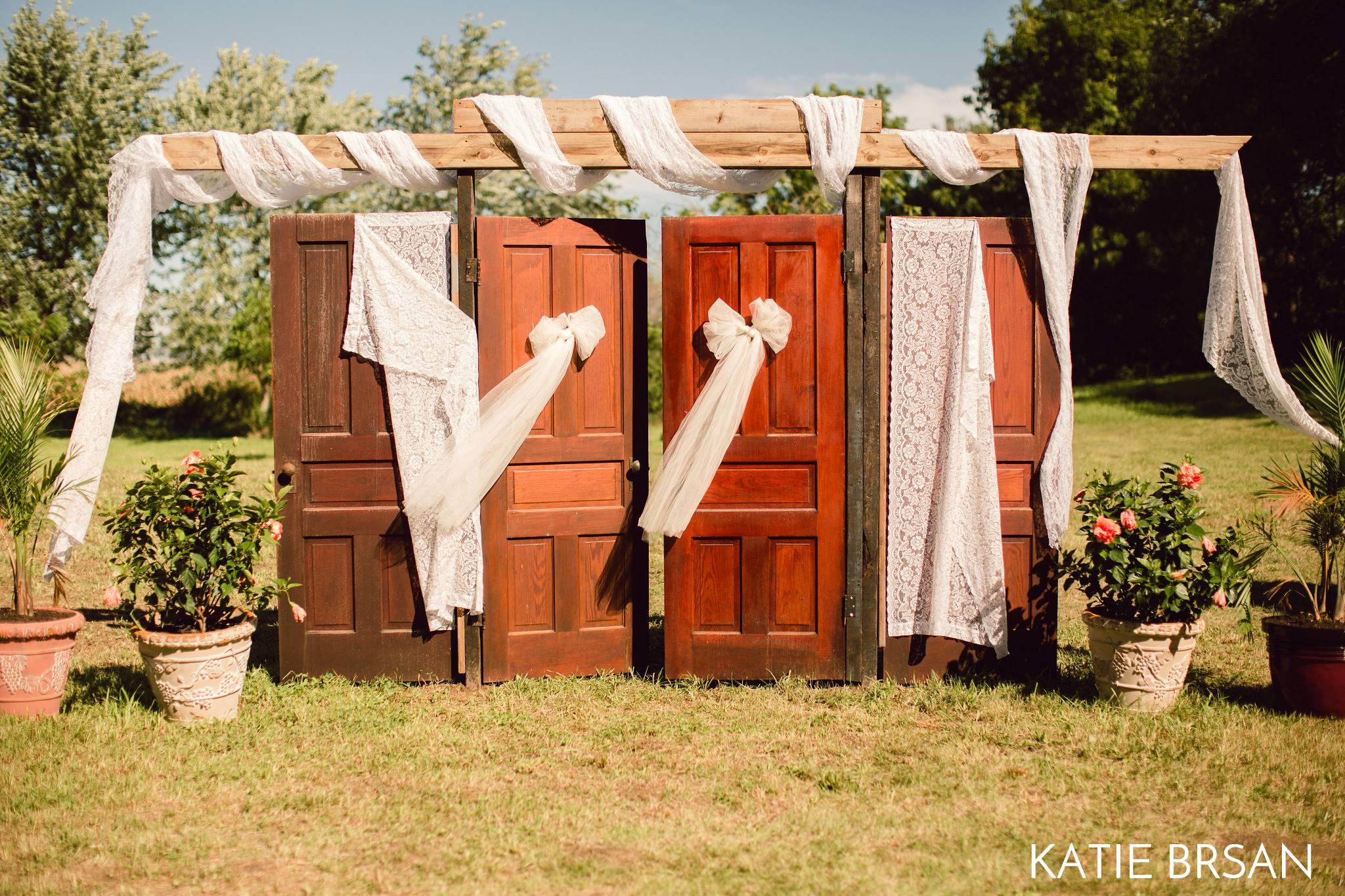 KatieBrsan-Bonfield-Backyard-Wedding_0398.jpg